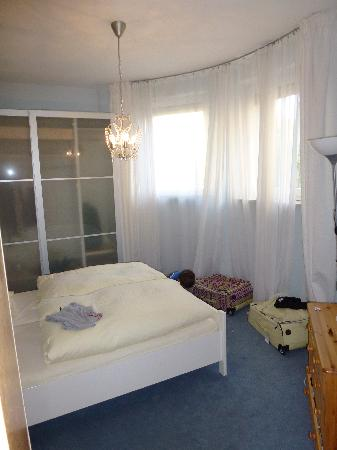 Hotel Azenberg: main room