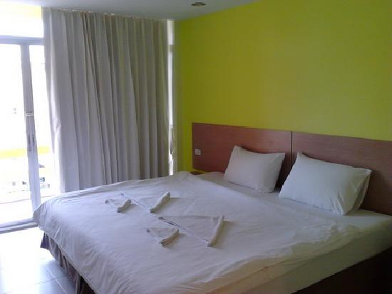 Bella Express Hotel: STANDARD ROOM