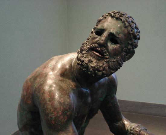 Museo Nazionale Romano - Palazzo Massimo alle Terme: Pugiliste - cicatrices du visage.