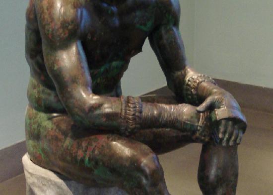 Museo Nazionale Romano - Palazzo Massimo alle Terme: Pugiliste - les poings et leur protection.