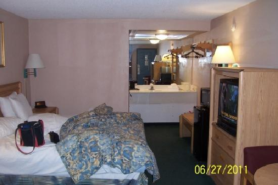 Econo Lodge: Room at Pooler Econolodge