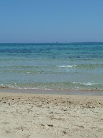 Porto Giardino Resort: Hotel private beach