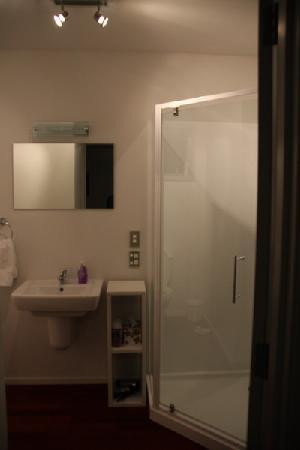 Pleasant View Bed & Breakfast Timaru: Washroom