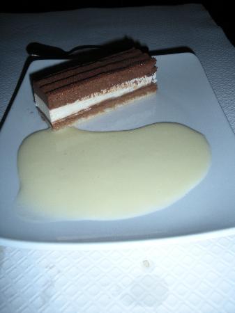 Le Comte d'Aix: triple chocolate cake