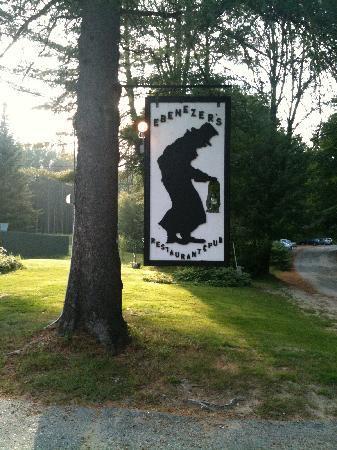 Ebenezer's Pub & Restaurant: You Have Arrived!