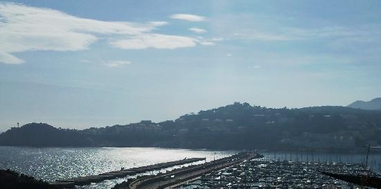 Hipocrates Curhotel : Vista al puerto