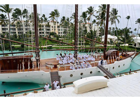Iberostar Grand Hotel Bavaro: The ship where we had our wedding ceremony....to beautiful for words...