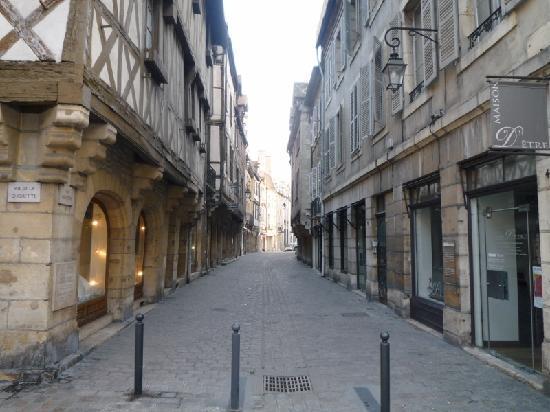Hotel des Ducs : rue Verrerie
