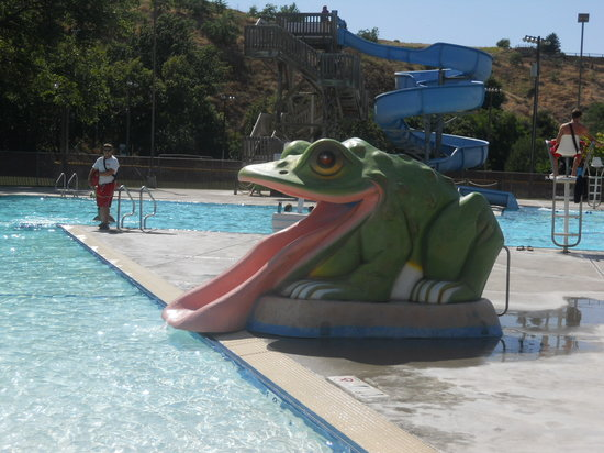 Milton Freewater, Oregón: Frog Slide