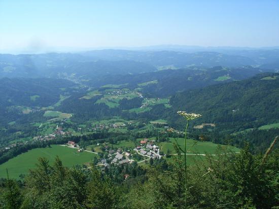 Pri Lenart Hotel: The view above Podvrh (Pri Lenart)