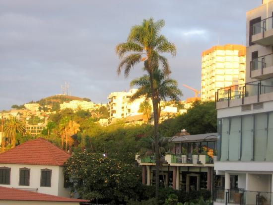 Aparthotel Imperatriz: The sunset view from our hotel room.