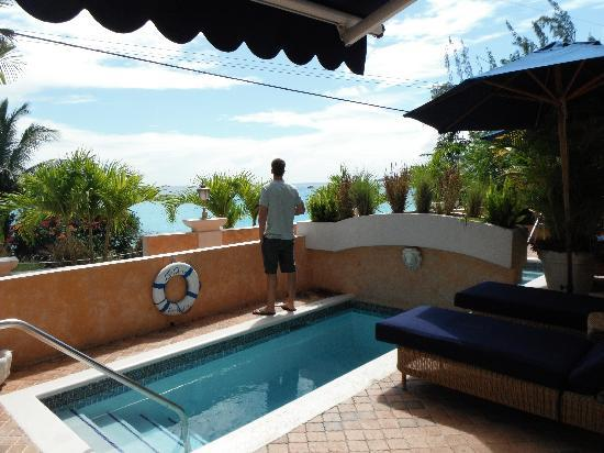 Little Arches Boutique Hotel: Room #2 pool and ocean view