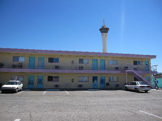 Tod Motor Motel: The hostel
