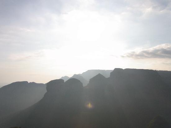 Panorama Chalets: In aller Pracht der Sonnenaufgang um 6:30 am