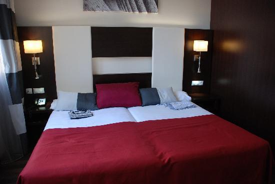 Chambre Deux Personnes  Photo De Hotel  Spa Villa Olimpica Suites