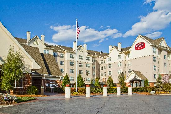 Residence Inn Charlotte Piper Glen: Beautiful Exterior