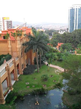 Kampala Serena Hotel: La vista desde la habitación.