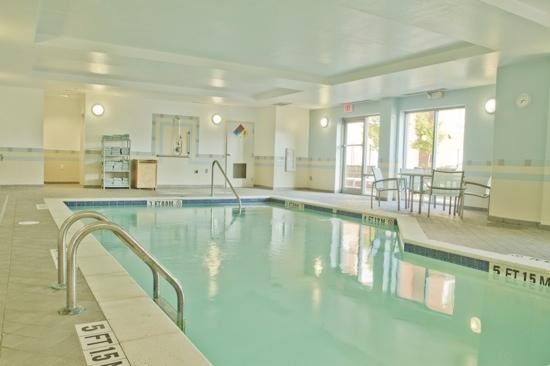SpringHill Suites Columbia Downtown/The Vista: Relaxing Pool