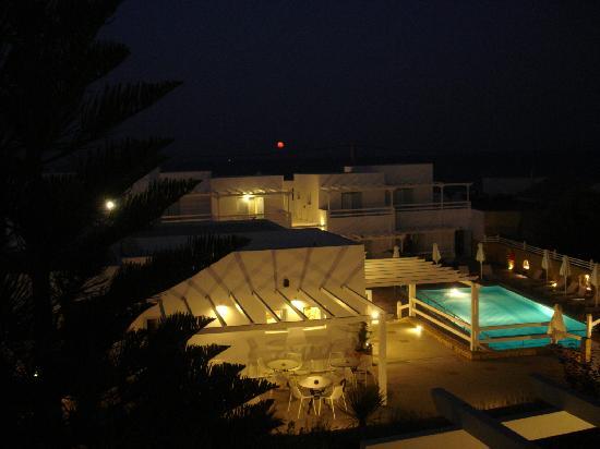 Perigiali Hotel - Studios: Night view from my balcony