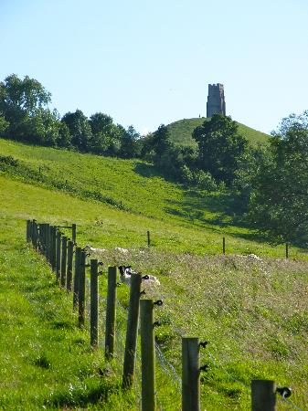 Middlewick Holiday Cottages: Glastonbury Tor
