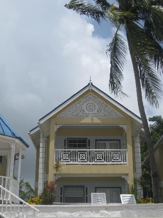 Villa Beach Cottages: Villa