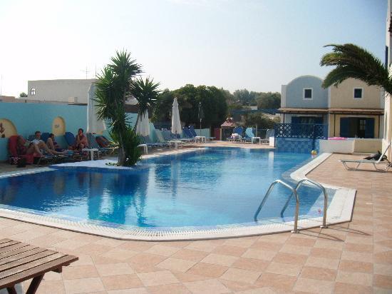 Hotel Eleftheria : Eleftheira pool