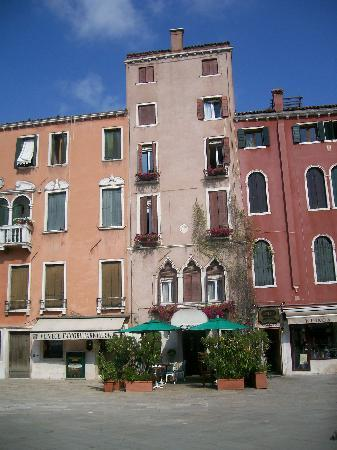 Hotel Santo Stefano: hotel front