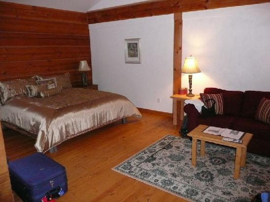 Moul Creek Lodge B & B: Trophy Room