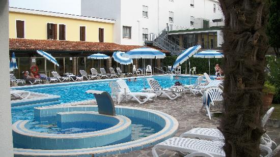 Vena d'Oro Hotel Terme: Piscina e idro