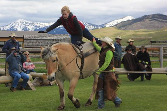 Red Rock Ranch: kids vaulting fun