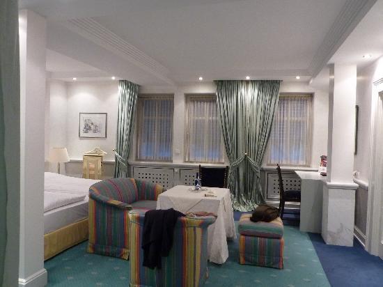 Romantik Hotel Goldener Karpfen: Zimmer 107