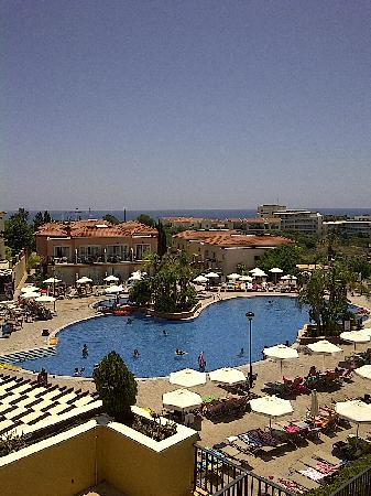 Pafian Sun Village: Nice pool.