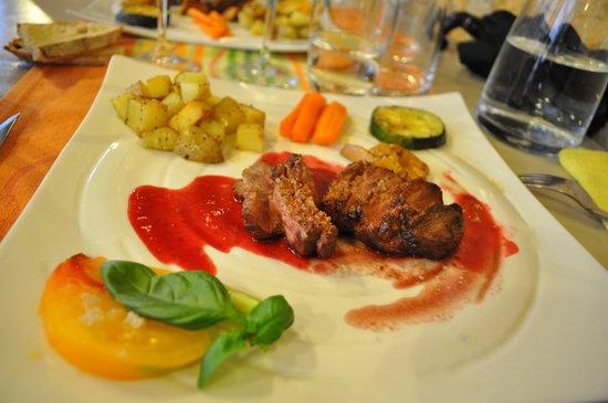 Cabanoix et Châtaigne : Magret sauce framboise