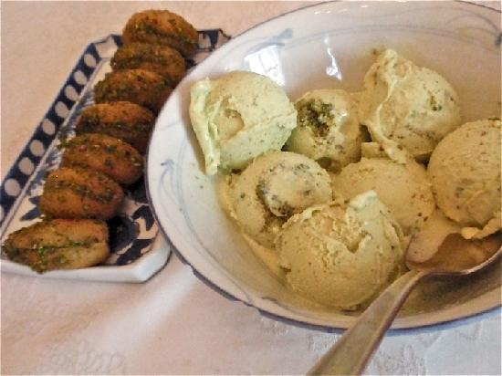 Turkish Flavours: Clotted cream stuffed apricots and pistachio ice cream
