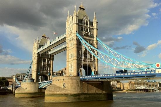 The Original London Sightseeing Tour: The iconic Tower Bridge straddling The Thames. London.