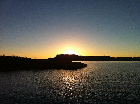 Antelope Point Marina Village: sunset photo from the boat deck