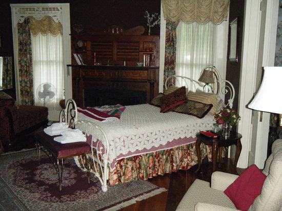 Liberty Lodge: downstairs room