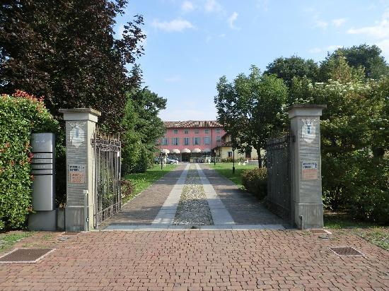 Antico Borgo La Muratella: Main Entrance