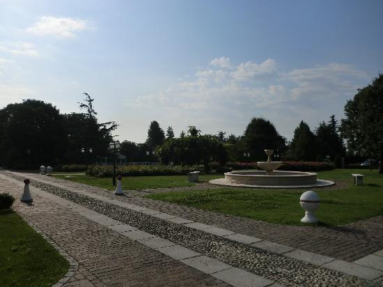 Antico Borgo La Muratella: Gardens
