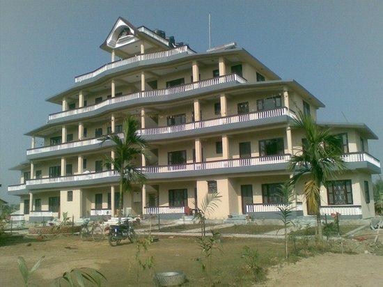 Sauraha, Nepal: Front view