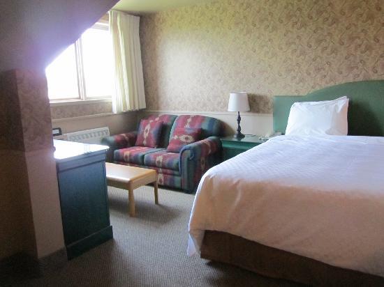 Hotel Bromont: King room