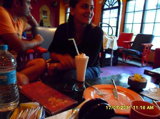 Cafe Mocha: oreo cookies