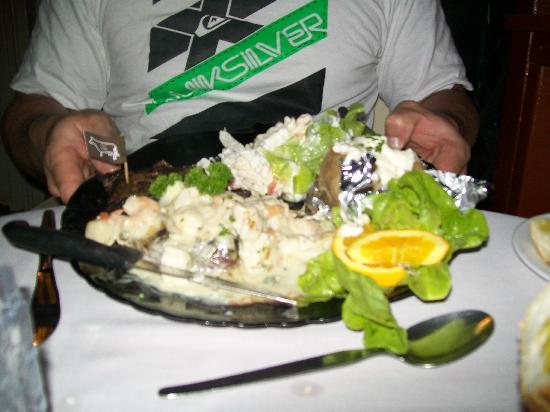 Alberto's Restaurant: Surf n Turf