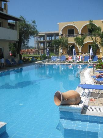 The Olive Grove Apartments: The pool!