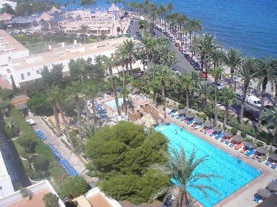 Vistas de la piscina picture of playadulce hotel for Piscinas almeria