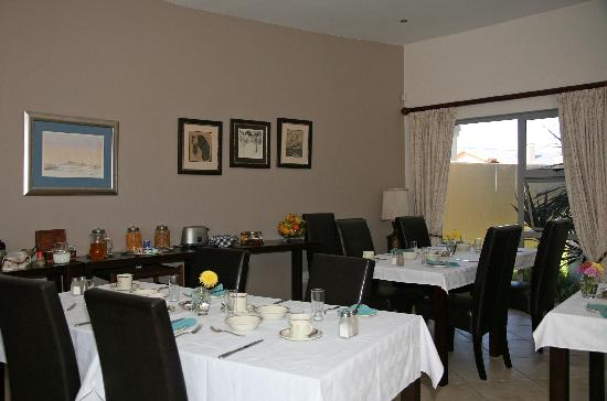 Royal Benguela Guesthouse: Dining area