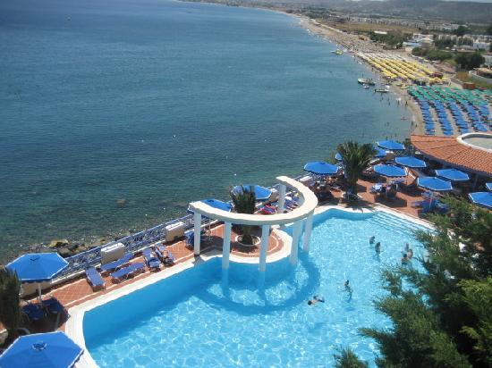 Mitsis Summer Palace: piscine & vue sur mer