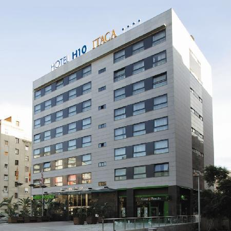 H10 Itaca Hotel: Outside View