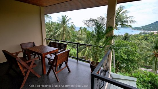 Koh Tao Heights Exclusive Apartments: Studio Apartment Balcony Sea View