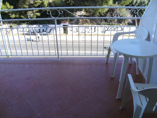 Hotel Catalonia: Balkon